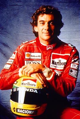 Senna Sitting